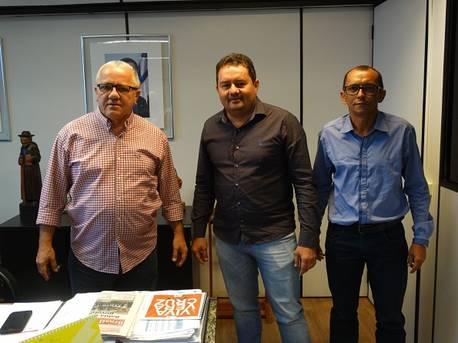 Prefeito de Andorinha quer construir galpão para abrigar a Feira Livre do município
