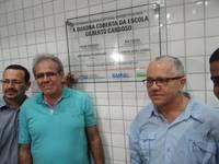 Teixeira de Freitas: quadra poliesportiva e pavimenta��o de ruas foram inauguradas