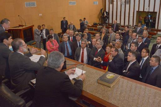 Bom di�logo entre governo e Assembleia Legislativa resultou na aprova��o do empr�stimo de US$ 400 milh�es