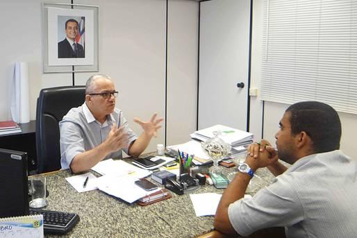 Entrevista de Josias Gomes ao site Boc�o News