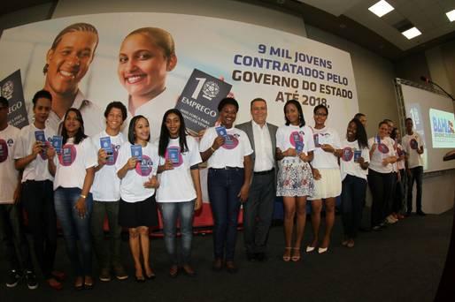 Governo da Bahia lança programa Primeiro Emprego oferecendo nove mil vagas
