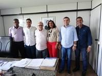 Prefeito de Conceição da Feira reivindica ações do Estado em parceria com o município