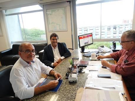 Prefeito de Baixa Grande quer obra em conjunto habitacional, reforma do estádio e barragem