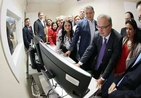 Lauro de Freitas: Governador inaugurou o Centro de Bioimagem do Hospital Menandro de Faria