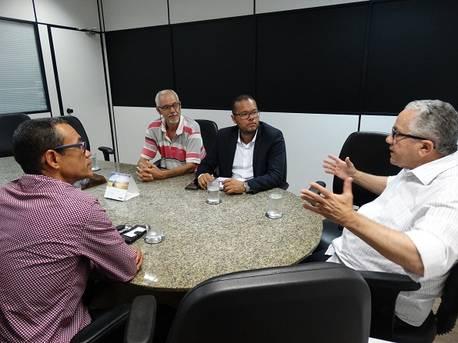 Vereador de Camamu reivindica ações para promover o desenvolvimento do município